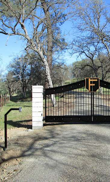 Competitive Pricing | Signature Gates & Controls